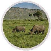 Black Rhinos Round Beach Towel