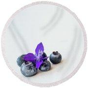 Blueberries And Purple Flower Round Beach Towel