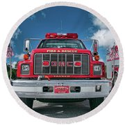 Burnington Iolta Fire Rescue - Tanker Engine 1550, North Carolina Round Beach Towel