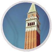 Campanile In Venice Round Beach Towel