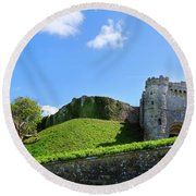 Carisbrooke Castle - Isle Of Wight Round Beach Towel