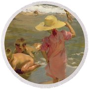 Children On The Seashore Round Beach Towel by Joaquin Sorolla y Bastida