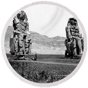 Colossi Of Memnon, Valley Of The Kings Round Beach Towel