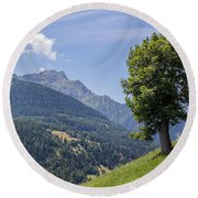 Countryside Round Beach Towel