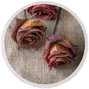 Dead Roses Round Beach Towel