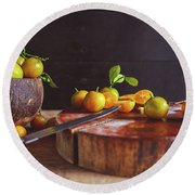 Fresh Kumquat Fruits Round Beach Towel