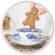 Gingerbread In Teacup Round Beach Towel