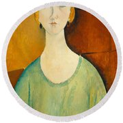 Girl In A Green Blouse Round Beach Towel