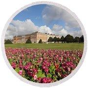 Hampton Court Palace London Uk Round Beach Towel