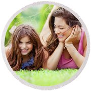 Happy Mother With Daughter Round Beach Towel