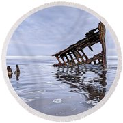 The Peter Iredale Wreck, Cannon Beach, Oregon Round Beach Towel
