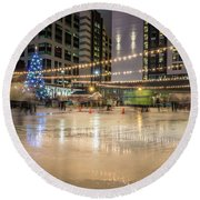 Holiday Scenes In Uptown Charlotte North Carolina Round Beach Towel