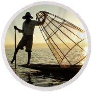 Inle Lake Fisherman Round Beach Towel