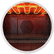 Inside The Oven Front Round Beach Towel