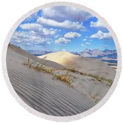 Kelso Dunes Desert Landscape Round Beach Towel