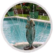Lady In Fountain Round Beach Towel