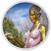 Lady In Pink Round Beach Towel