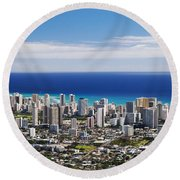 Lookout View Of Honolulu Round Beach Towel