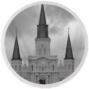 Model Church Round Beach Towel