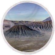 morning light Mount Bromo - Java Round Beach Towel