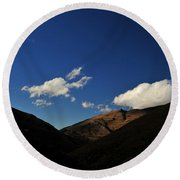 Mountain In The Good Light Round Beach Towel