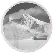 Mt. Hood In Winter Round Beach Towel