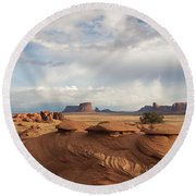 Mystery Valley View 7496 Round Beach Towel