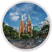 Notre-dame Cathedral Basilica Of Saigon, Officially Cathedral Basilica Of Our Lady Of The Immaculate Round Beach Towel