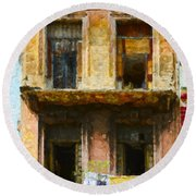 Old Havana Building Round Beach Towel