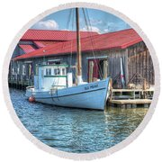 Old Point Crabbing Boat Round Beach Towel