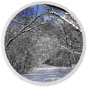 Path In Winter Forest Round Beach Towel