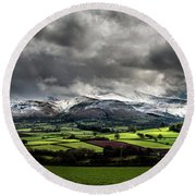 Pen Y Fan And Brecon Beacons Panorama Round Beach Towel