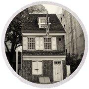 Philadelphia - The Betsy Ross House Round Beach Towel
