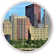 Pittsburgh Building Cluster Round Beach Towel