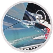 1933 Pontiac Eight Hood Ornament Round Beach Towel