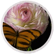 Ranunculus And Butterfly Round Beach Towel