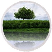 Reflecting Tree Round Beach Towel