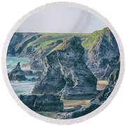Rock Face Round Beach Towel
