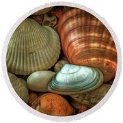 Sea Pebbles With Shells Round Beach Towel