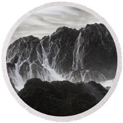 Seal Rocks Waves And Rocks 3 Bw Round Beach Towel
