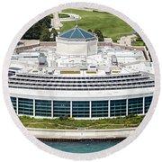 Shedd Aquarium In Chicago Aerial Photo Round Beach Towel