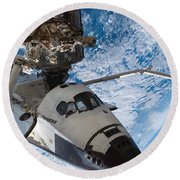 Space Shuttle Endeavour, Docked Round Beach Towel