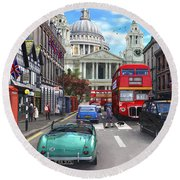 St Paul's Cathedral Round Beach Towel