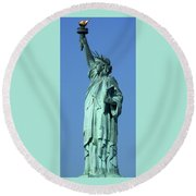 Statue Of Liberty 1 Round Beach Towel