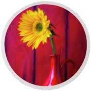 Sunflower In Red Pitcher Round Beach Towel