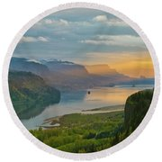 Sunrise At Columbia River Gorge Round Beach Towel