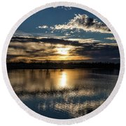 Sunrise Reflections On The Great Plains Round Beach Towel