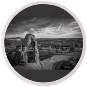 The Archway Bw Round Beach Towel