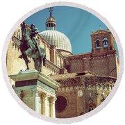 The Equestrian Statue Of Bartolomeo Colleoni In Venice Round Beach Towel