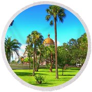 The First Baptist Church Of Tampa  Round Beach Towel